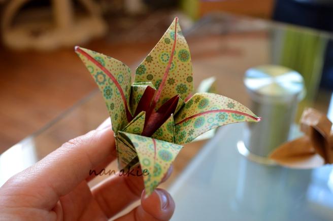 Nanakie origami fleur lys bouquet mariage