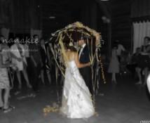 Nanakie mariage danse du parapluie 2